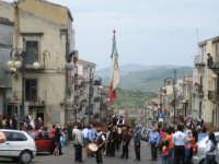 arrivo dello stendardo al borgo  - Troina (2169 clic)