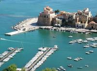 veduta del molo del castello   - Castellammare del golfo (5043 clic)