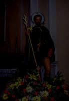 S. Rocco - Ogni anno, nei tre giorni successivi la Pentecoste, viene celebrata la festa del SS. Crocifisso, pregiata scultura lignea realizzata da Ignazio Marabitti , conservata nella Chiesa di S. Caterina.Il piccolo Crocifisso dei Miracoli, u Crucifisseddu di Chiusa, viene portato in processione insieme ad altre statue di Santi e, in tale occasione, un tempo si svolgeva la corsa dei cavalli nella via principale. (Totò Mirabile)  - Chiusa sclafani (3783 clic)
