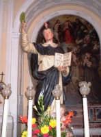 S. Vincenzo Ferreri - Ogni anno, nei tre giorni successivi la Pentecoste, viene celebrata la festa del SS. Crocifisso, pregiata scultura lignea realizzata da Ignazio Marabitti , conservata nella Chiesa di S. Caterina.Il piccolo Crocifisso dei Miracoli, u Crucifisseddu di Chiusa, viene portato in processione insieme ad altre statue di Santi e, in tale occasione, un tempo si svolgeva la corsa dei cavalli nella via principale. (Totò Mirabile)  - Chiusa sclafani (5789 clic)