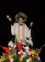 S. Vincenzo Pallotti - Ogni anno, nei tre giorni successivi la Pentecoste, viene celebrata la festa del SS. Crocifisso, pregiata scultura lignea realizzata da Ignazio Marabitti , conservata nella Chiesa di S. Caterina.Il piccolo Crocifisso dei Miracoli, u Crucifisseddu di Chiusa, viene portato in processione insieme ad altre statue di Santi e, in tale occasione, un tempo si svolgeva la corsa dei cavalli nella via principale. (Totò Mirabile)  - Chiusa sclafani (5489 clic)