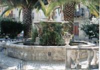 Bevaio Chianu Casteddu - inserito nel canto siciliano  A Li novi Cannola di Chiusa  composto da Totò Mirabile.   - Chiusa sclafani (2986 clic)
