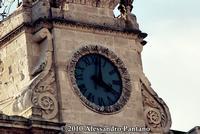 L'orologio della Chiesa San Giovanni   - Monterosso almo (3050 clic)