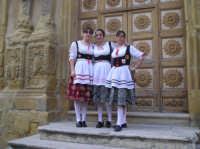 ......porzione del gruppo folk Val Paradiso  - Naro (8907 clic)
