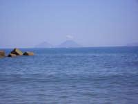 Isole Eolie viste dalla spiaggia di Capo D'Orlando  - Eolie (7919 clic)