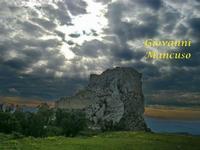 MUSSOMELI - IL CASTELLO  MANFREDONICO (3251 clic)