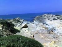 scogliera dei canalotti, particolare resti di un antico porticciolo scavati nella roccia.   - Punta braccetto (3531 clic)