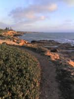 scogliera di ponente al tramonto  - Punta braccetto (4237 clic)