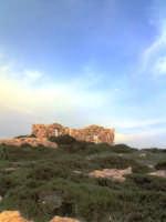 ruderi nei pressi della rocca   - Punta braccetto (7064 clic)