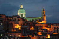 SUNSET TO IBLA  - Ragusa (4452 clic)