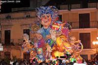 carnevale 2008: carro allegorico in piazza S. Rizzo   - Melilli (8680 clic)