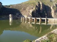 Conosciuto anche come Diga di Caccamo, il lago Rosamarina è tra i piu' grandi di Sicilia. L'acqua è particolarmente limpida e consente, talvolta, la pesca a ...   - Caccamo (6901 clic)