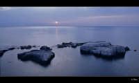Alba sugli scogli  - Siracusa (5085 clic)