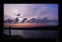 Pescatore in azione sul mare di Donnalucata  - Scicli (4338 clic)