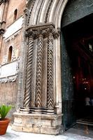 Cattedrale di Palermo Particolari architettonici del Portale principale in via Matteo Bonello. PALER