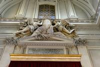 Cattedrale di Palermo Gruppo scultoreo sopra il portale interno PALERMO Maria Pia Lo Verso