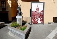 Scultura dedicata agli ATLETI   - Castelbuono (642 clic)