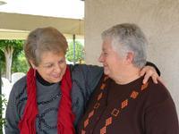 Due amiche in un momento di allegria M.Pia e Lidia ad Alcamo il  3 febbraio 2014  - Alcamo (4344 clic)