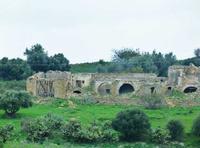 Architettura rurale ruderi di un vecchio cascinale  - Resuttano (3188 clic)