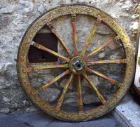 Ruota di carretto Ruota intarsiata di carretto siciliano   - Taormina (4441 clic)