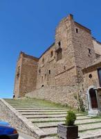 Scalinata del Castello  Scalinata laterale del Castello Ventimiglia .  -- 14 maggio 2013  - Castelbuono (1577 clic)