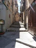 Via Di Stefano uno scorcio suggestivo di Castelbuono  - Castelbuono (2345 clic)