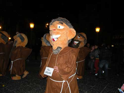 Maschera di carnevale Acireale 2009 - ACIREALE - inserita il