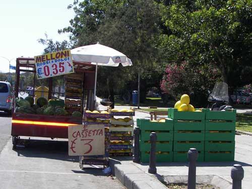 Venditore di melloni  - PALERMO - inserita il 04-Mar-13