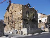 Vecchio rudere di Romagnolo Questo vecchio rudere all'inizio di Romagnolo a Palermo indica l'inizio