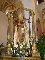 Simulacro di San Nicolò Il simulacro di San Nicolò nella Chiesa di San Nicola di Bari - Isnello  settembre 2011  - Isnello (2196 clic)