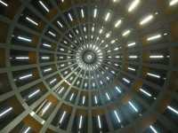 La cupola  Santuario della Madonna delle Lacrime - interno della cupola a raggiera  - Siracusa (3828 clic)