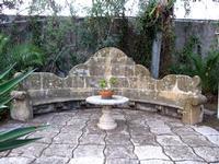 Fondazione La Verde La Malfa Antico sedile da giardino in pietra  - San giovanni la punta (2463 clic)