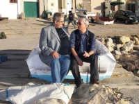 confidenze tra amici Nicola Bravo a Marcello Scorsone a Trappeto durante una pausa di relax  - Trappeto (5236 clic)