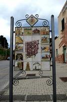 Cartello turistico  alla stazione   - Santo stefano di camastra (1295 clic)