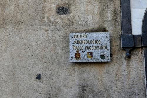 TABELLA MUSEO ARCHEOLOGICO VAGLIASINDI - RANDAZZO - inserita il 24-Oct-16