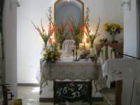 Chiesa Santa Marta Sant'Angelo di Brolo : interno chiesa addobbata per i festeggiamenti.  - Sant'angelo di brolo (7415 clic)