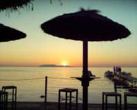 FOTO TRAMONTO DAL BEACH BAR  - Marausa lido (14549 clic)