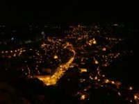 Panorama in notturna - Modica  - Modica (2230 clic)