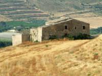 Paesaggio con Masseria abbandonata lungo la Ragusa-Catania  Emilio Bruno