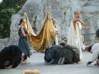 Rappresentazioni Classiche 2004 - teatro Greco di Siracusa.  - Siracusa (1484 clic)
