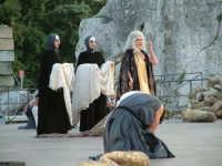 Rappresentazioni Classiche 2004 - teatro Greco di Siracusa.  - Siracusa (1365 clic)