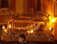 Venerdì Santo a Comiso(2) Cristo nell'urna  - Comiso (4880 clic)