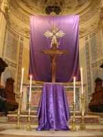 Venerdì Santo a Comiso(5) Altare Maggiore Chiesa Madre - Comiso  - Comiso (8109 clic)