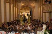 Festa Addolorata - Comiso Interno della Chiesa Madre gremita di fedeli al rientro della Madonna; dopo la benedizione seguirà lo spettacolo pirotecnico  - Comiso (9066 clic)