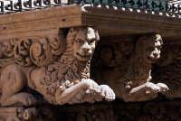 Particolare Balconi Palazzo Villadorata -  - Noto (2415 clic)