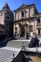 san Francesco d'Assisi all'Immacolata Chiesa di San Francesco all'Immacolata e scorcio della Basilica del SS. Salvatore  - Noto (2837 clic)