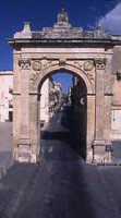 la Porta Reale di Noto (2815 clic)