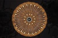 Lampadario chiesa SS. Crocifisso Calatafimi anno 2004  - Calatafimi segesta (6607 clic)