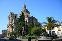 Basilica di San Filippo d'Agira Basilica di San Filippo d'Agira, con facciata settecentesca e campanile che riporta la data del 1558  - Aci san filippo (7471 clic)