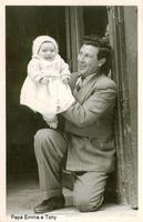 Papà felice Gioia di Papà - Sommatino 1955  - Sommatino (1832 clic)